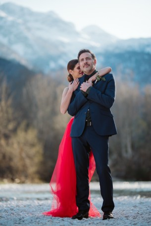 Location: Lake Bohinj, Slovenia Date: April 7, 2018  Hairstylist: Flora Licsauer MUA: Erzsebet Harskuti Dress: Azenruham Bouquet and buttoner: Art Flora Viragbolt  Photographers: Daniel, Ani